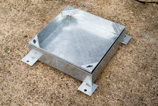 Manhole Cover and Frame – Recessed