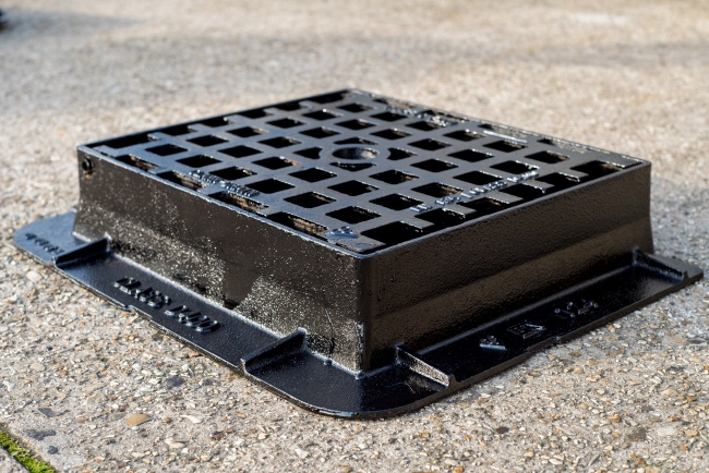 Pedestrian Area Ductile Iron D400 Gully Grating